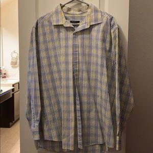 2 Men's slim fit Van Heusen dress shirts, XL